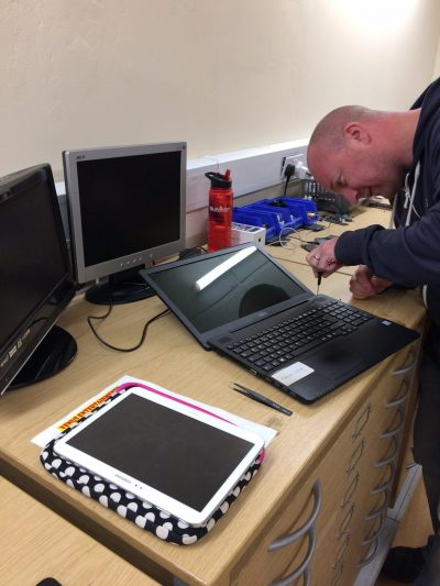 Phone, PC, Laptop and Games Consoles Repaired - The Repair Centre Sutton in Ashfield 01623 554477